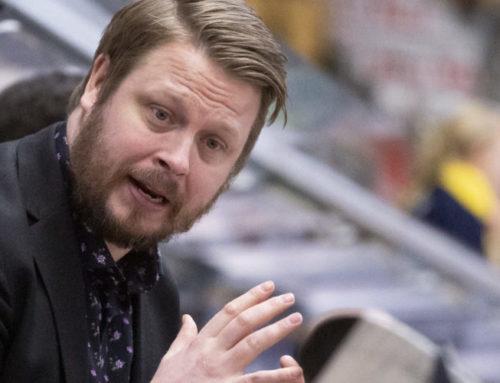 """Luleås head coach Fredrik Glader inför finalen i SDHL: """"Gör vi det vi ska går vi vinnande ur finalen"""""""