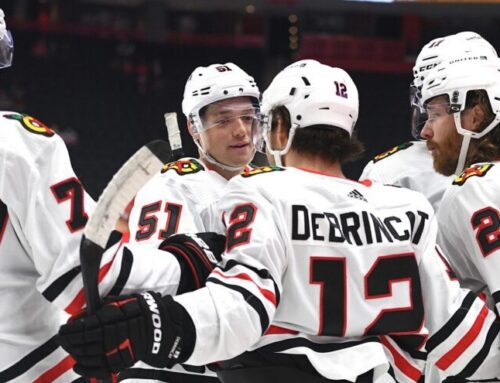 Storstjärnan lämnar Blackhawks för ny klubb – efter tre Stanley Cup